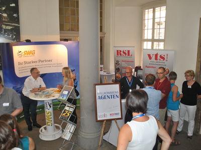 Altstadtfest: Fachkräftebörse und Wohnzimmer machen Lust auf Görlitz